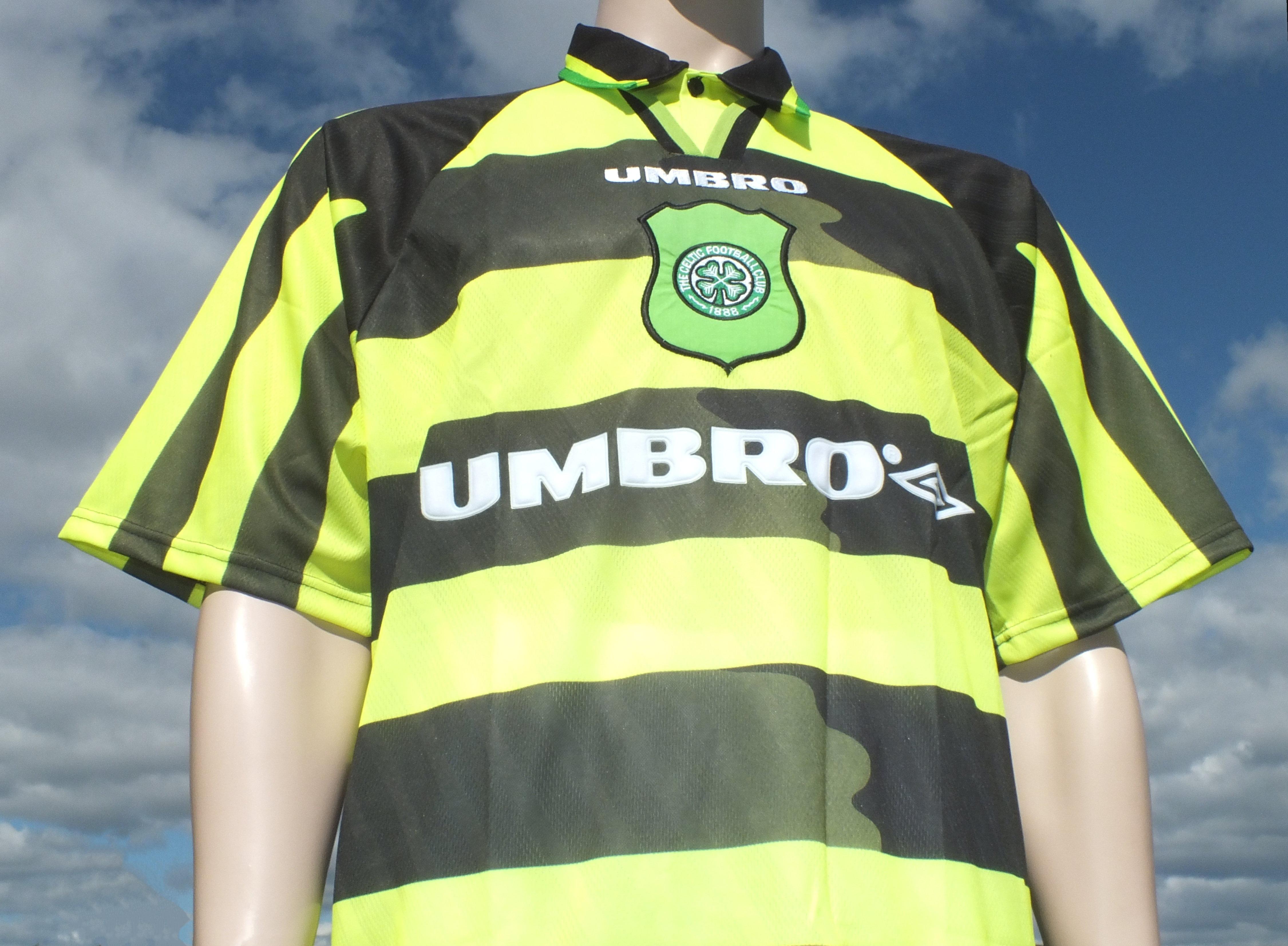 buy online 7ba52 9da8e Away Kits - Hull City Kits